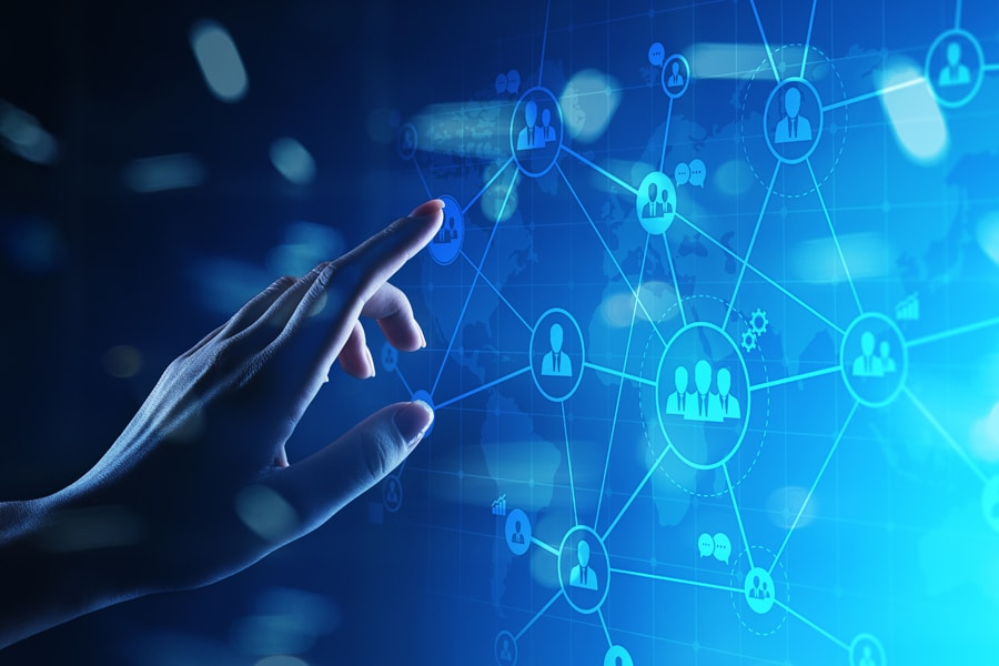Finger zeigt auf Matrix, Blauer Hintergrund