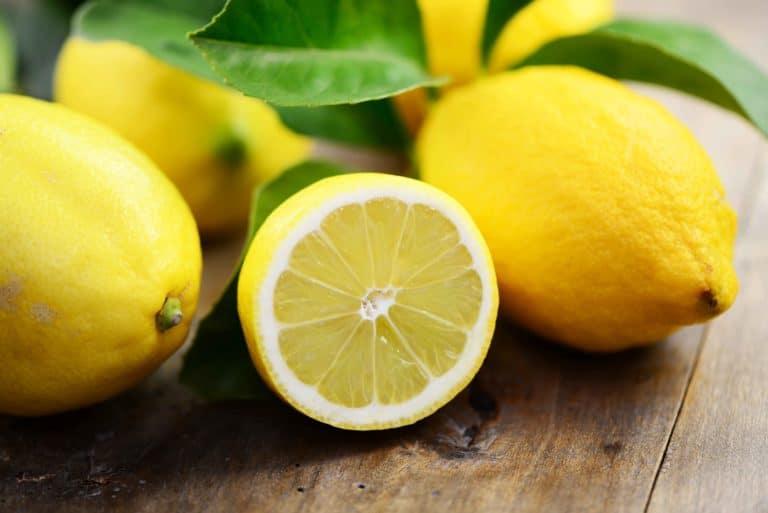 Holzbretter Zitrone